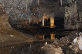 Lake Caves 1